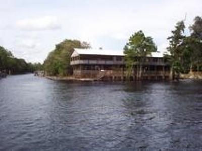 Suwannee Bell Senior Residence | FL